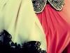 esra-aslangilay-renkli-islemeli-boncuklu-tasli-kisiye-ozel-papyon-yaka-tasarimlari-tesettur-giyim-kombinleri-4
