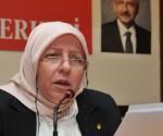 CHP'den Bir Ilk Basortulu Kadin Kollari Baskan Adayi