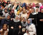 BasNisa Erdogan Gencleri Umreye Tesvik Etti