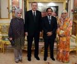 BasNisa Erdogan Brunei Sultanliginda
